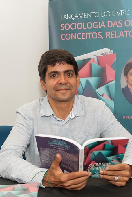 Professor da FEI aborda em livro a sociologia como ferramenta estratégica para as empresas