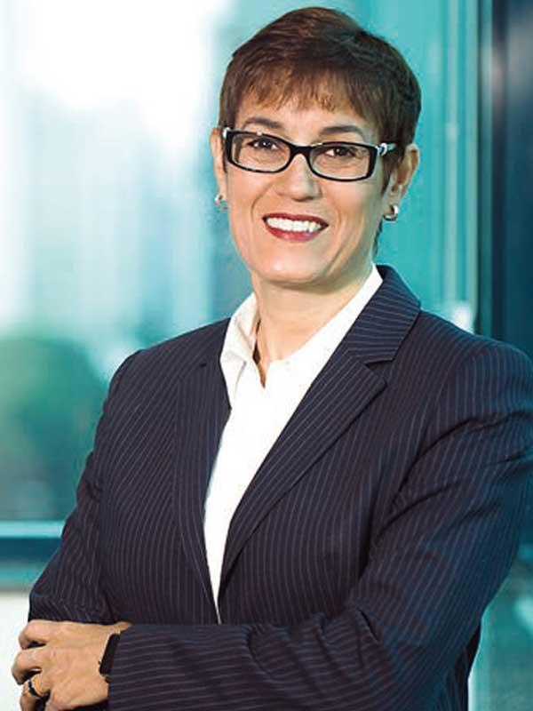 Engenheira da FEI é a primeira mulher a comandar uma rede de hospitais
