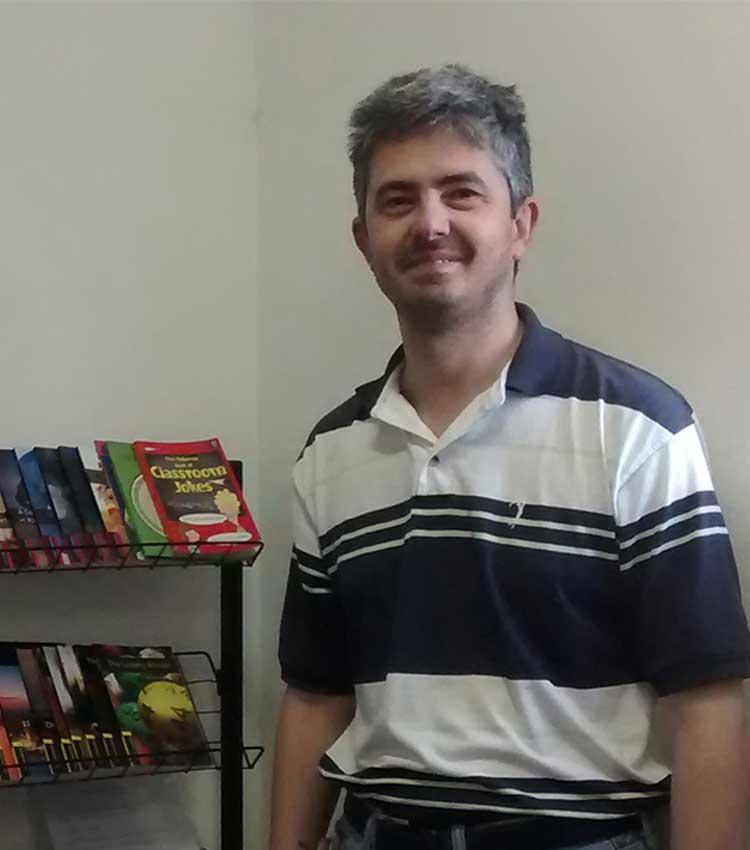 Ex-aluno da FEI recebe prêmio internacional por trabalho voluntário