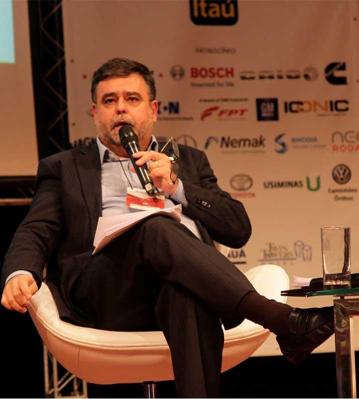 FEI participa de congresso Latino-Americano da Indústria Automotiva